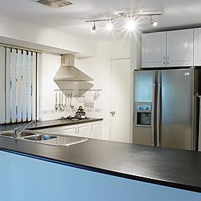 800px Modern kitchen gnangarra Wanted: Canadian Kitchen   Dealing with Realtor Speak in Belgium | Flashback