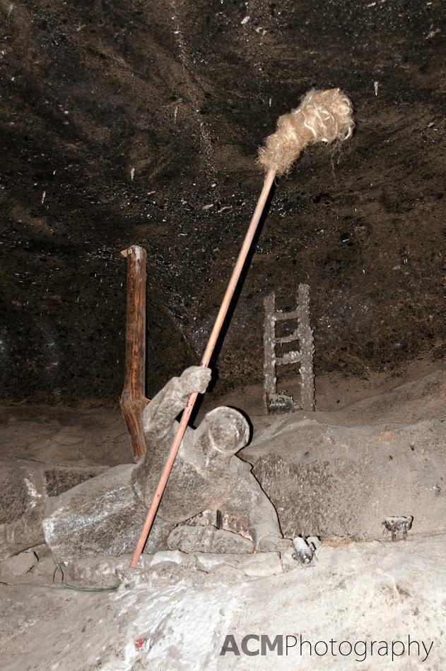 Miner burning out methane