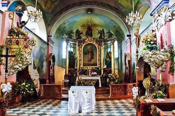 The brilliant interior of the Istebna Church