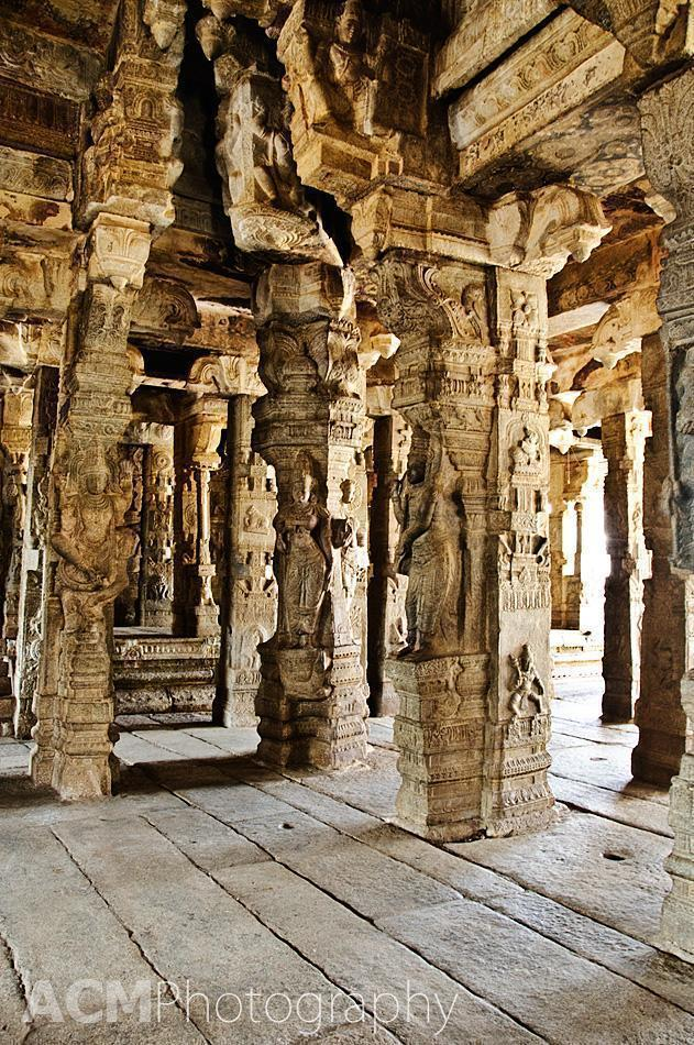 Intricate carvings in the Veerabhadra temple, Lepakshi
