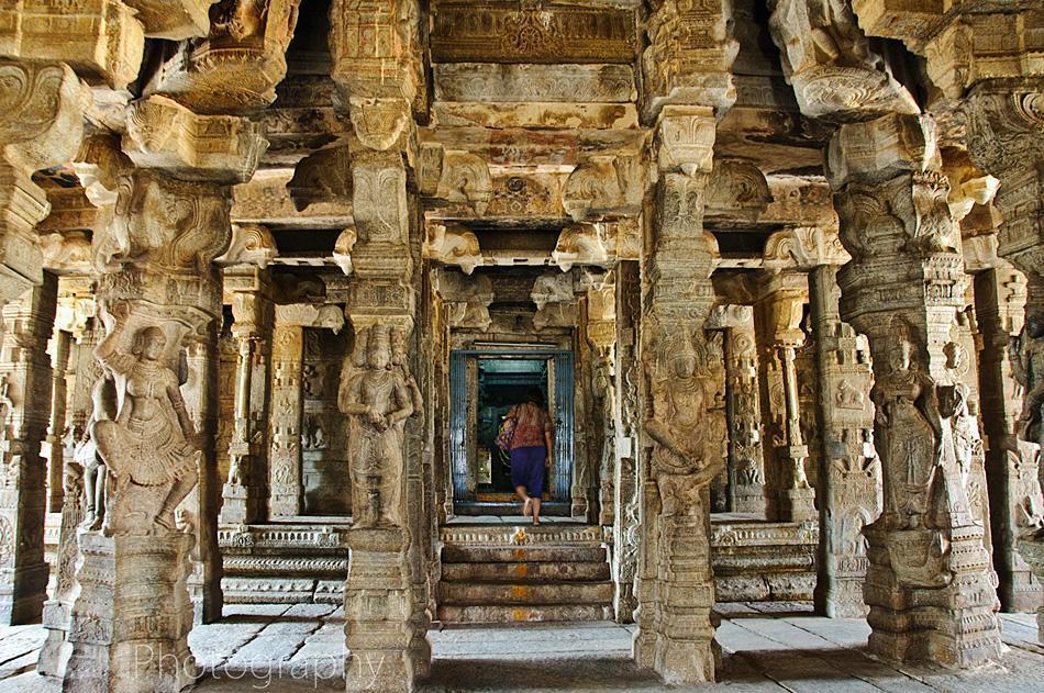 Entering the Veerabhadra temple in Lepakshi, India