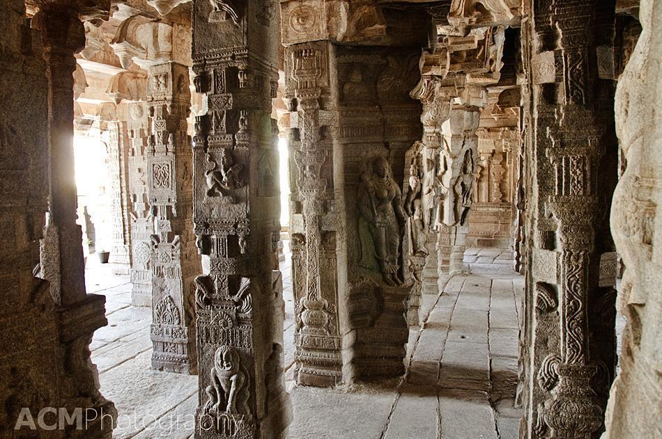 Intricate carvings in the Veerabhadra temple, Lepakshi