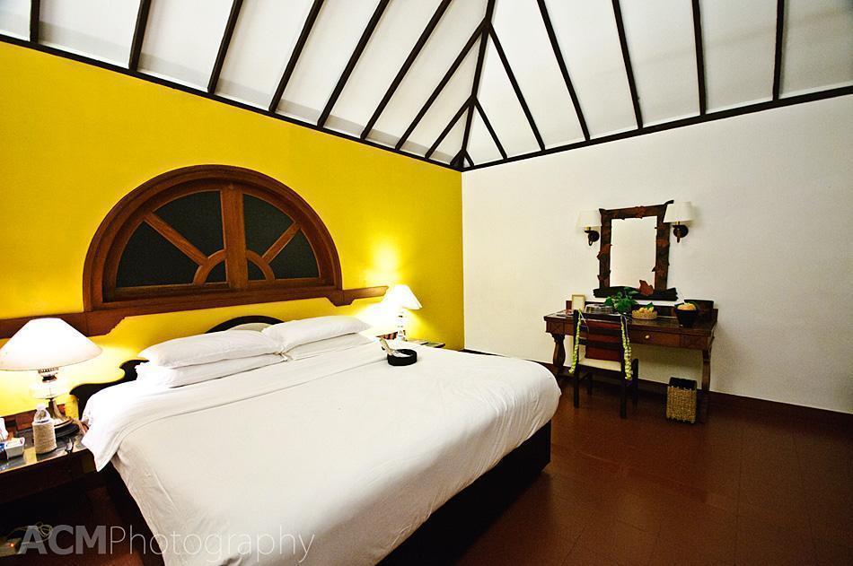 Luscious bed at the Taj Kumarakom