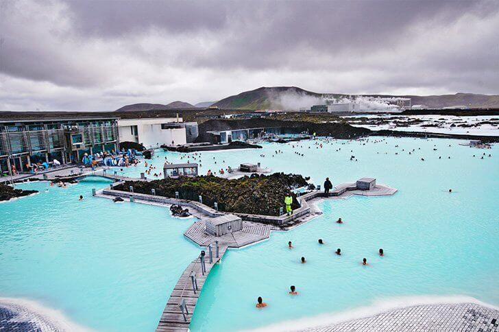 Layover in iceland