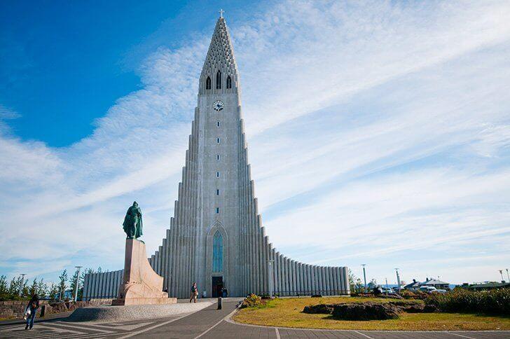 things to do near reykjavik airport