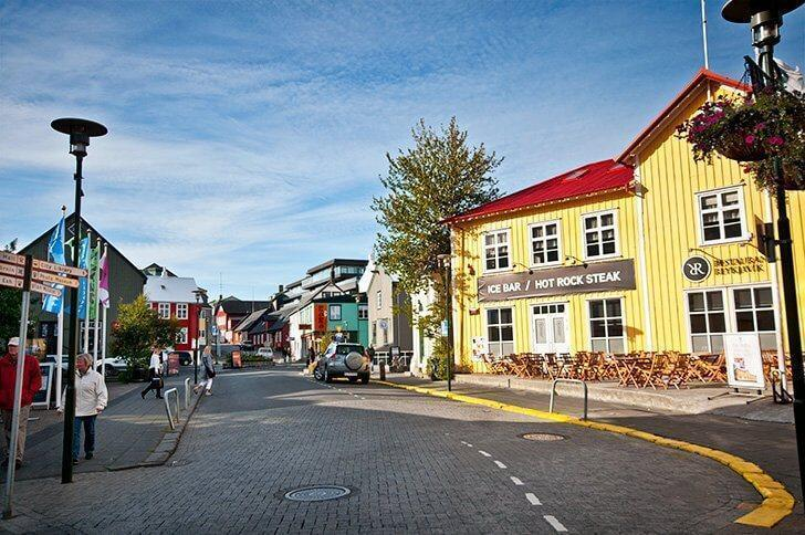 what to do on a layover in reykjavik