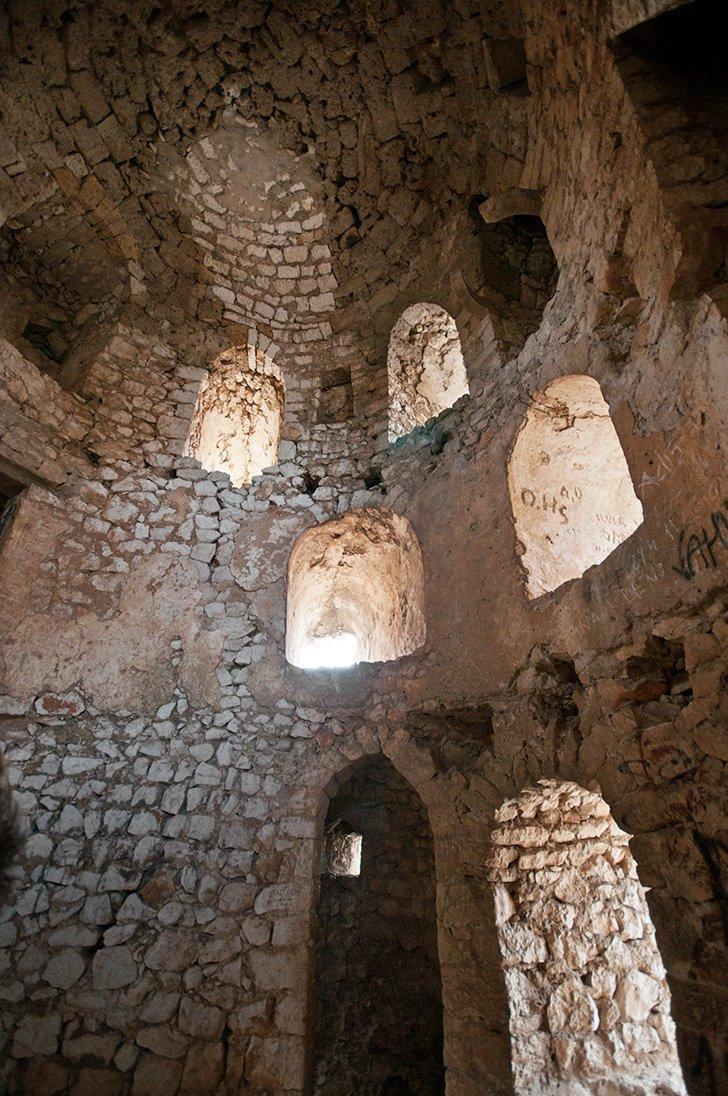Things to do in Bosnia - Inside the Počitelj Citadel