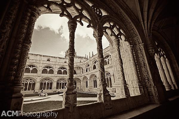 A antique (looking) view on the cloister