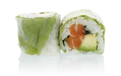 MAKI GREEN salmon, avocado, coriander, mint
