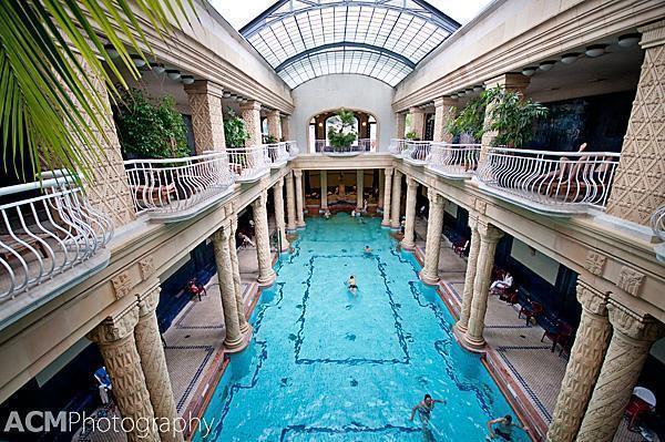 Gellert Bath's effervescent pool