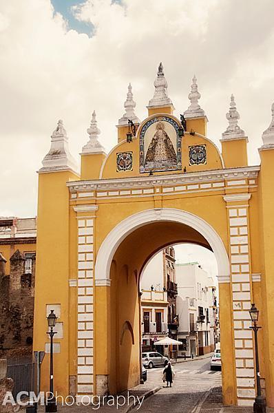 Arco de la Macarena, Seville
