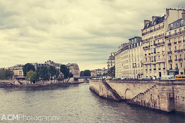 I'm in Paris