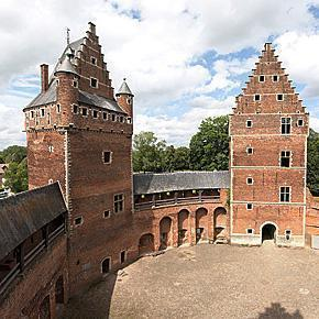 Beersel Castle before the renovation works