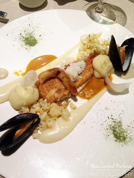European plaice filets with cauliflower, mussels, shrimps and anchovy