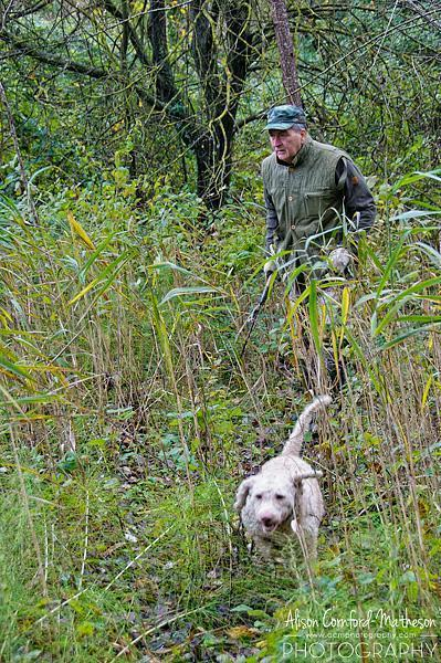 The truffle hunter and his dog