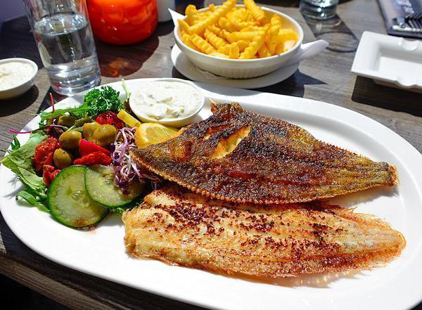Dining at De Zeebodem restaurant, Urk
