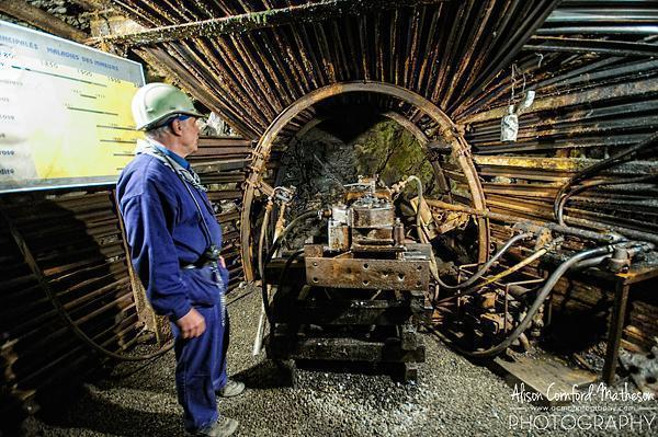 Loud, dirty and dusty - Mining machinery inside Belgny Mine