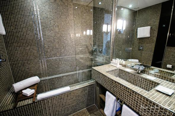 The delightfully huge bathtub