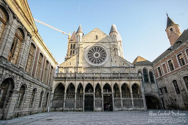 The rear of the cathedral is free from scaffolding