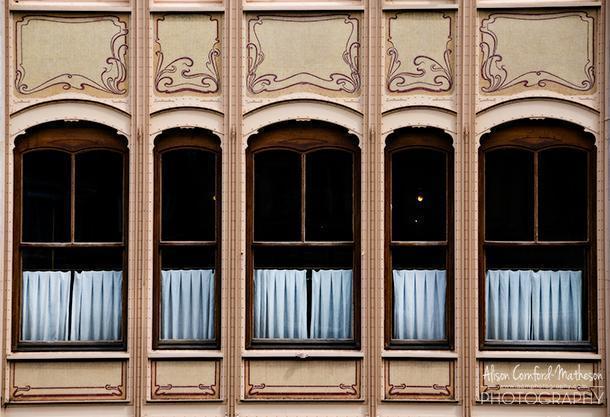 The details of Horta's Hotel va Eetveld are beautiful
