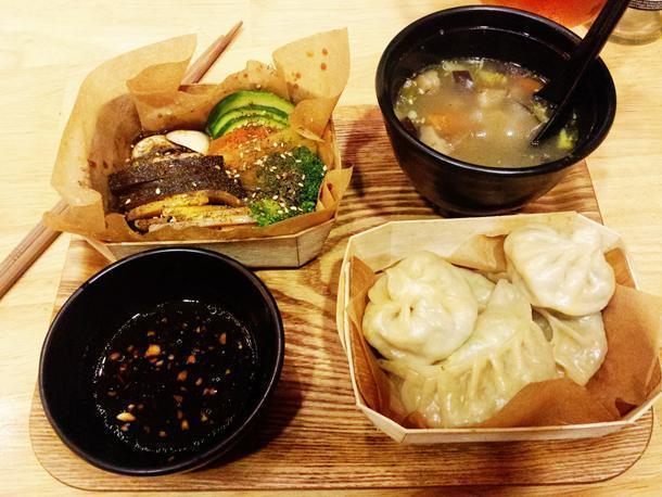 Affordable Tibetan Slow Food at Mo Mo