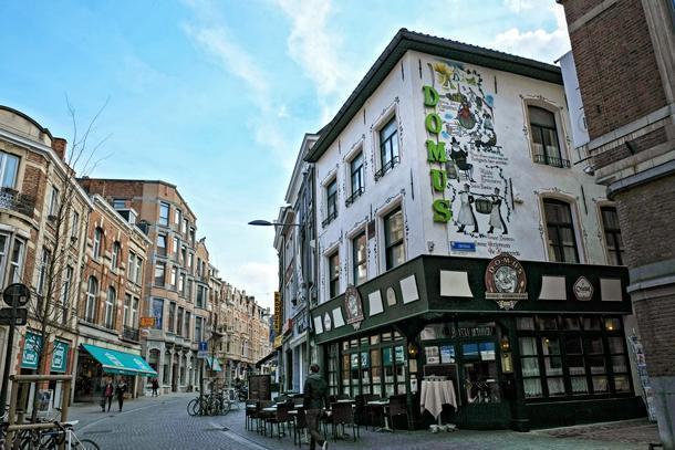 Domus Café and Brewery in Leuven