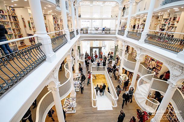 Carturesti Carusel is bookstore heaven in Bucharest
