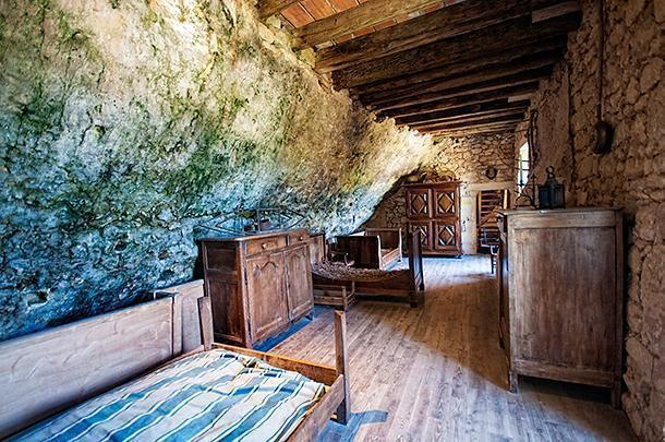 This bedroom for the 'staff' wasn't so inviting