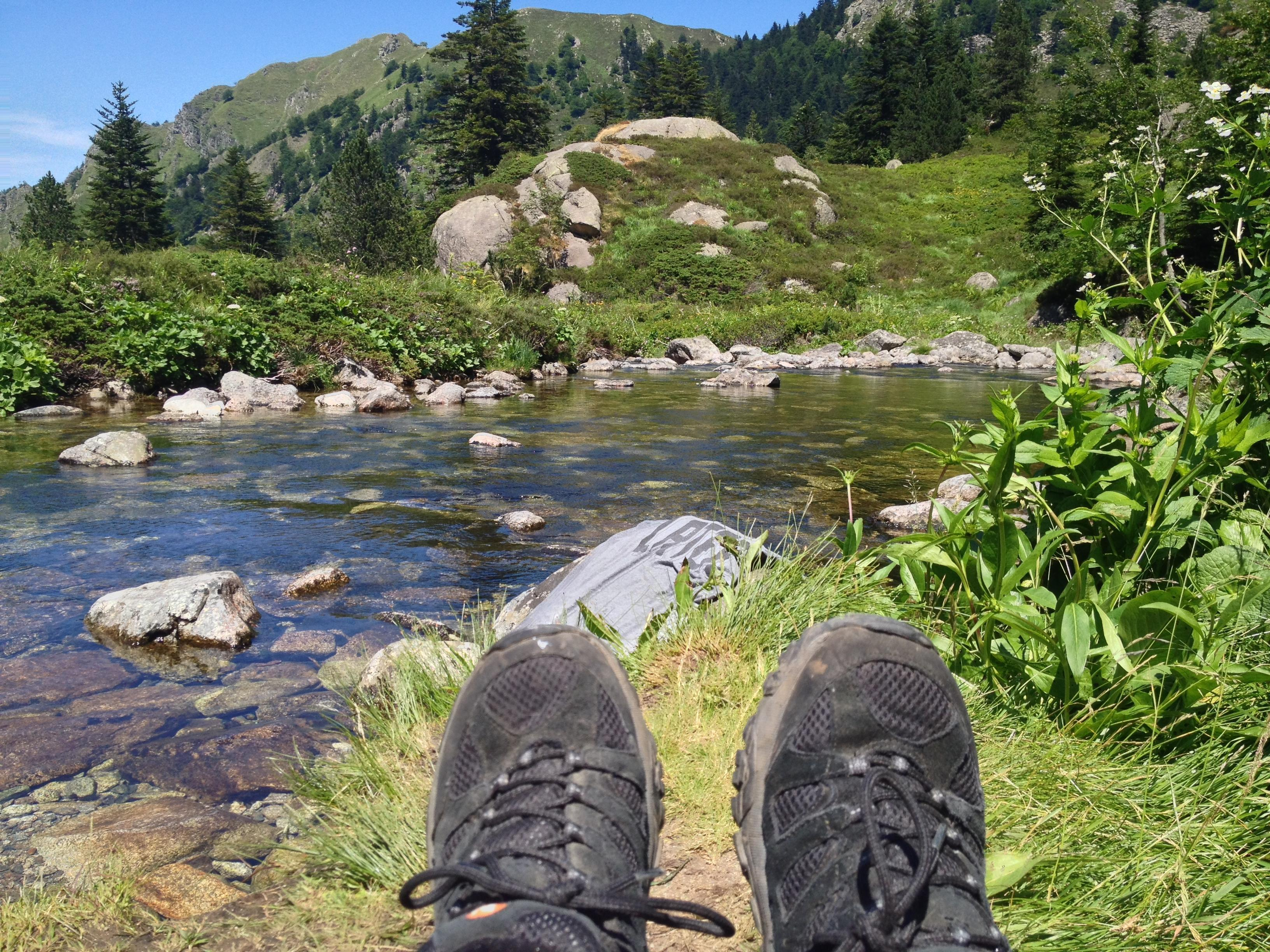 Relaxing at the pass above the waterfall (and drying out my shirt)