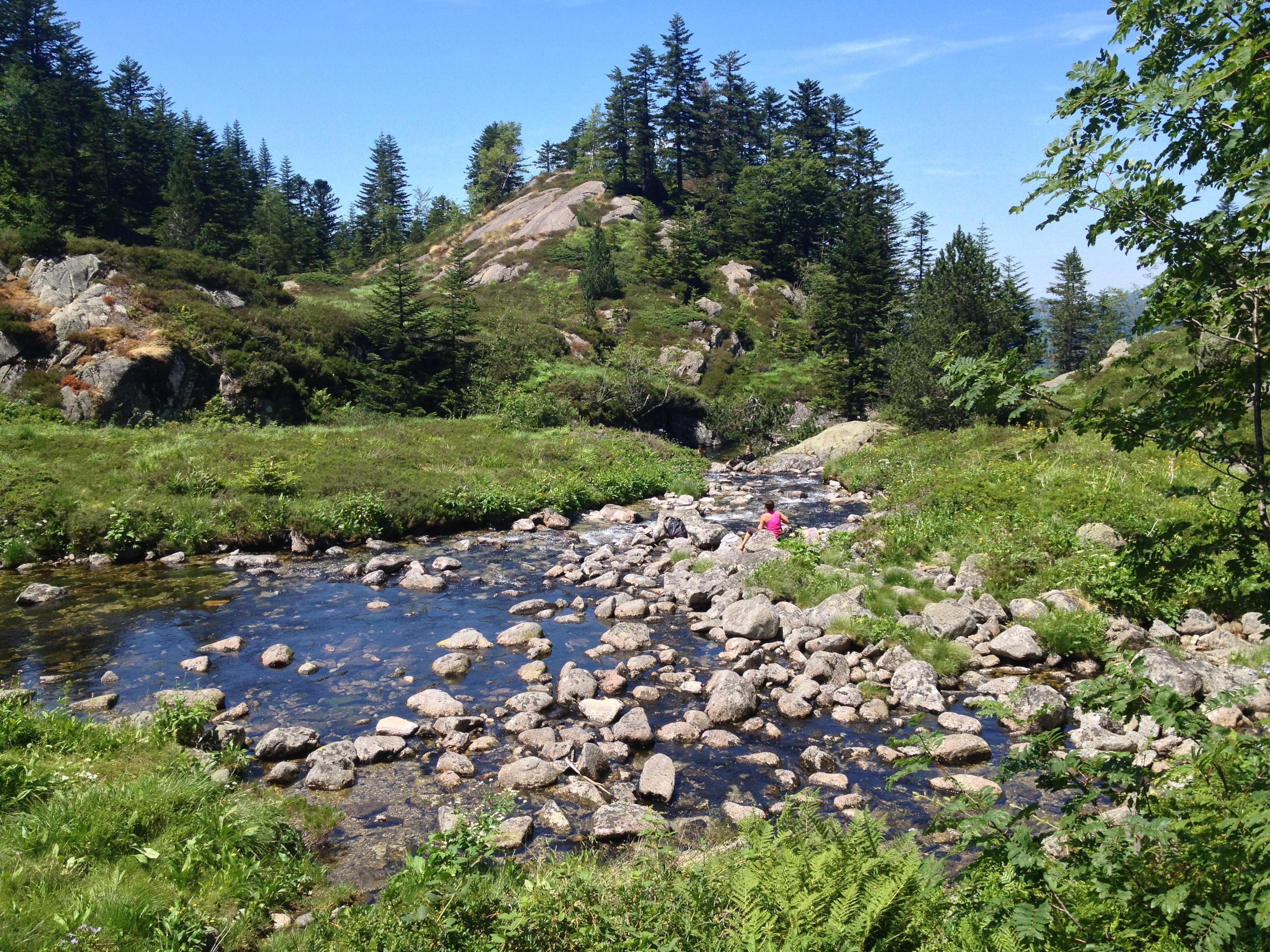 The refreshing pools in the pass above the waterfall were perfect to relax and picnic