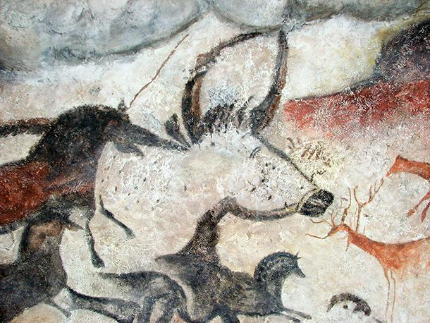Lascaux, replica showing bull, horses, and deer.