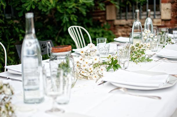 The table d'hôtes is almost as beautiful as the food