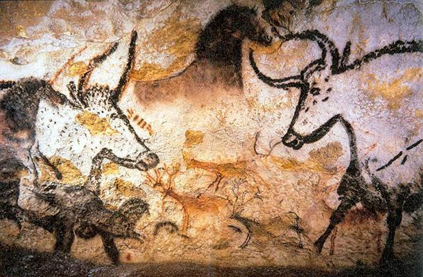 Extrodinary layers of depth and perspective in the Lascaux caves