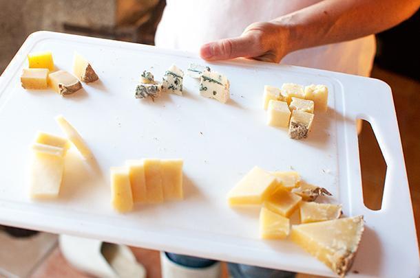 Tasting the delicious cheeses of La Grange de la Haute Vallee