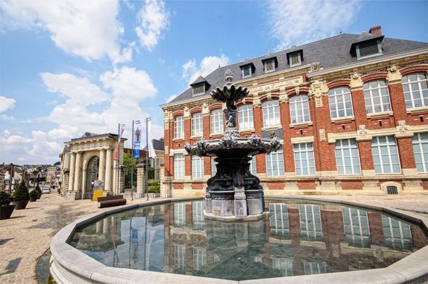 Musée Départemental Henri Matisse is a beautiful bite-sized art gallery, in Nord-Pas-de-Calais