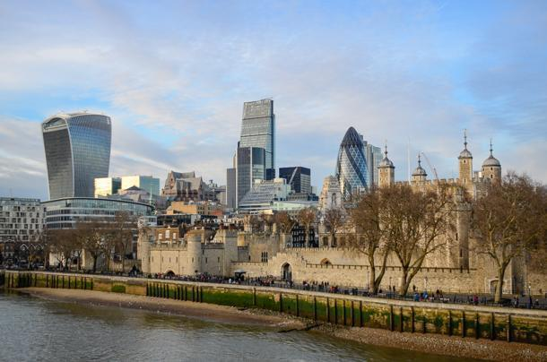 The Tower of London from the opposite riverbank