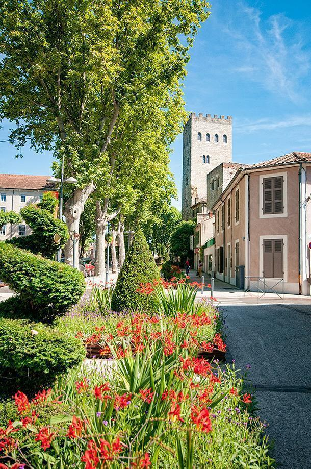 The Secret Gardens brighten the unused corner of Cahors