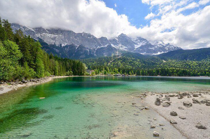 Stroll around Germany's beautiful Eibsee