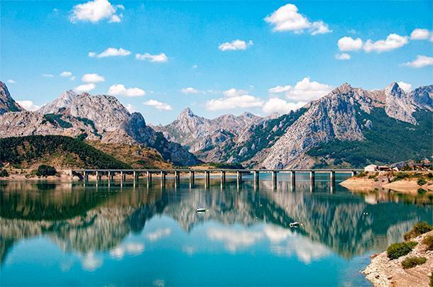Slow travel through Northern Spain afforded us this breathtaking view of the Picos de Europa mountains