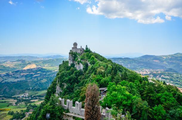 San Marino's Second Tower – Cesta
