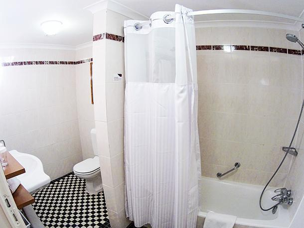 Spacious, modern bathroom at the Crowne Plaza Le Palace