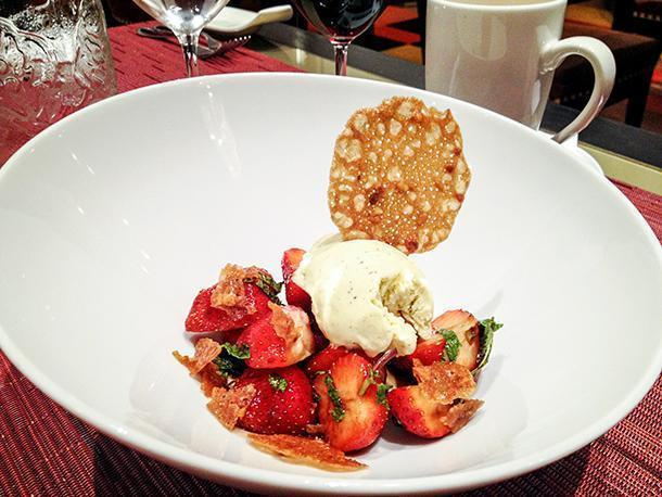 Strawberries with balsamic and ice-cream at the Nouveau Taste Restaurant