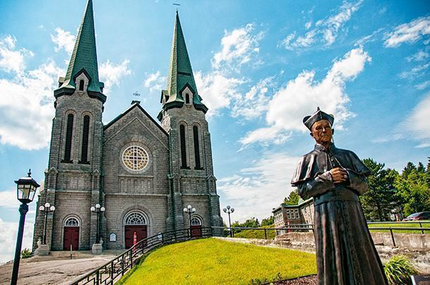 A walking tour of Edmundston will show you the city's architectural highlights.