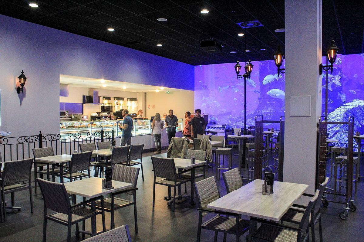 La Place Restaurant inside Mini World Lyon