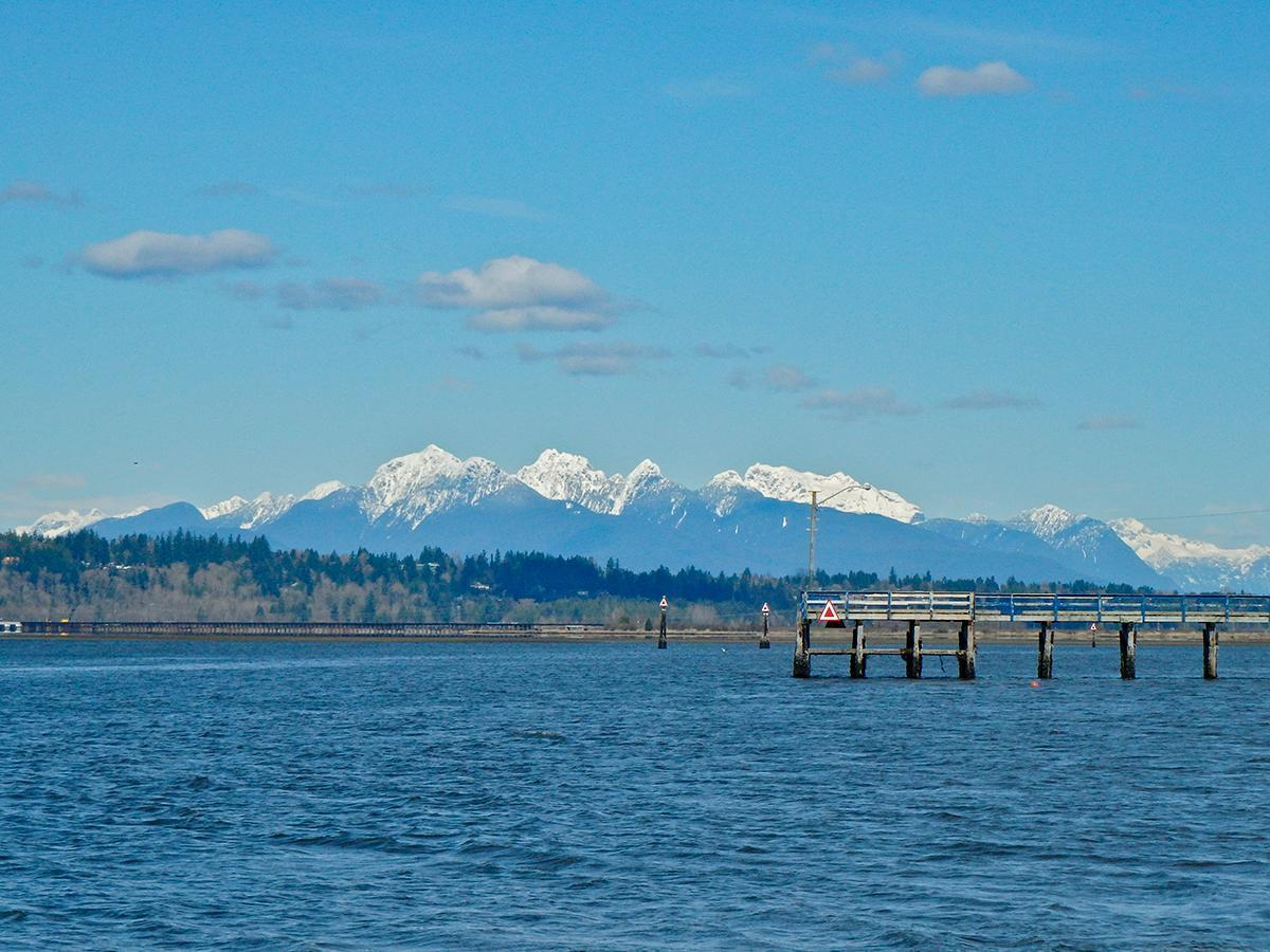 The breath-taking view from Crescent Beach, in British Columbia