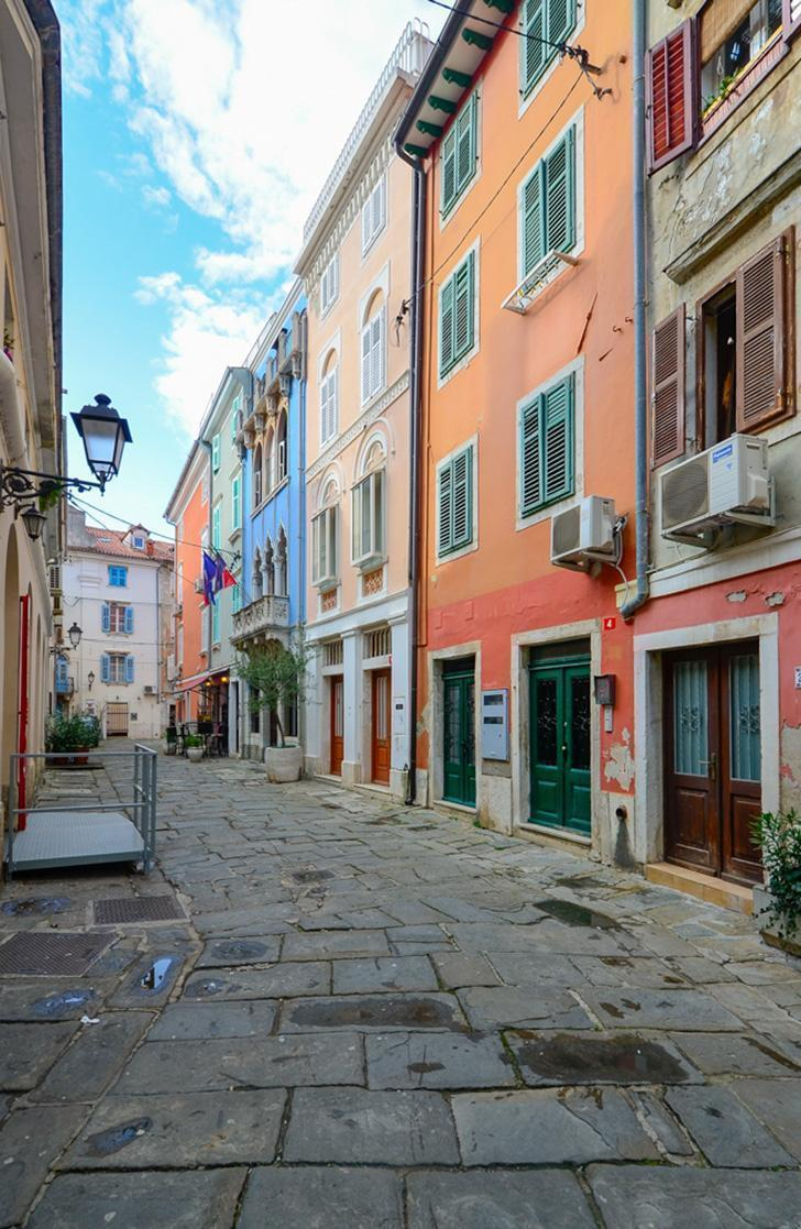 Strolling through Piran's charming streets was one of my favourite things to do in Slovenia