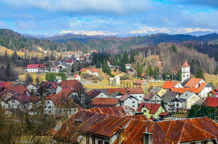 Visiting Slovenia with kids is a fantastic budget adventure with plenty to see and do.