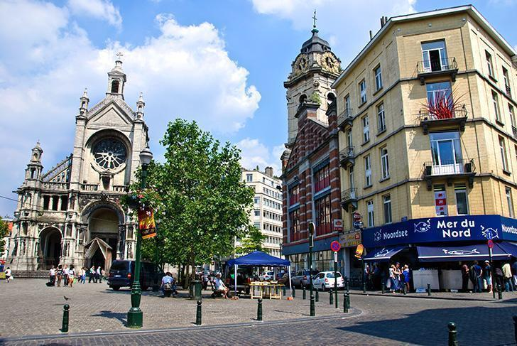 Discover the historic heart of Brussels on a self-guided walking tour.