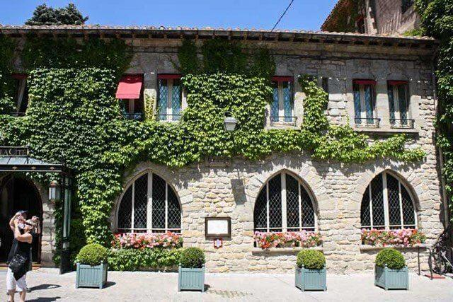 The Hotel de la Cite is a great choice of accommodation in Carcassonne.