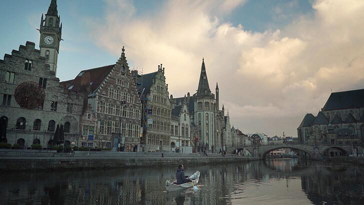 The ONAK canoe was designed and built near Ghent, Belgium